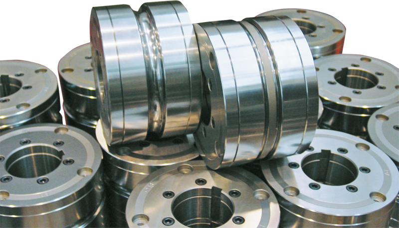 Special roll with floating flanges, especially designed for production of tubes at high speeds.