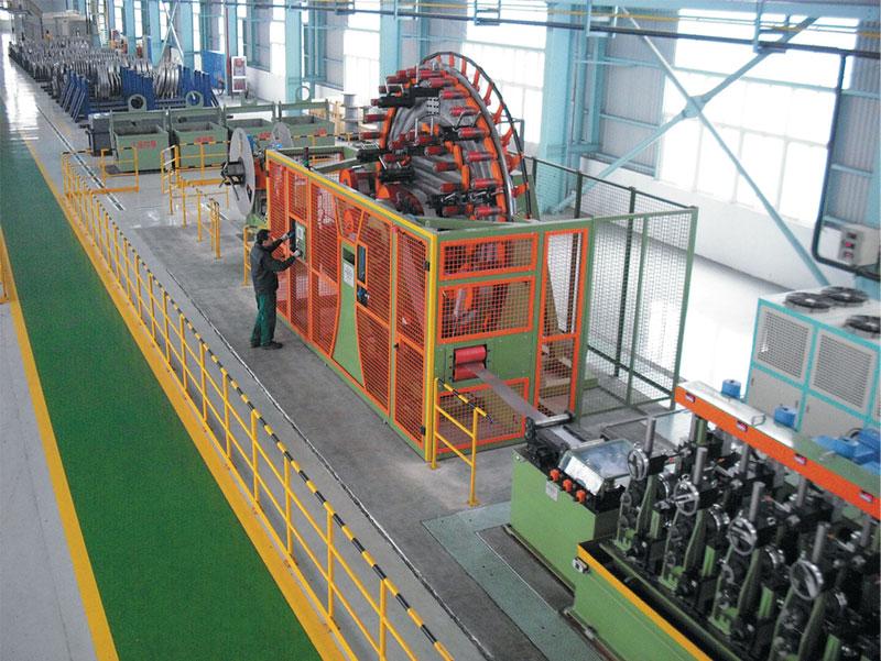 Linea per la produzione di tubi in acciaio inossidabile AISI 409, da 18 mm a 76 mm di diametro, saldati in Alta Frequenza.